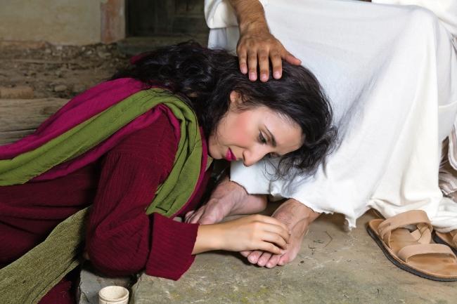 b649ad5a3a Grupos de Jesús – TEMA 20 - La prostituta acogida por Jesús - Grupos de  Jesús -
